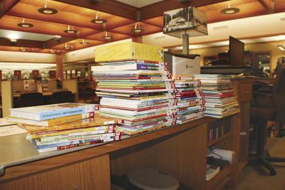 Brownstone Book Fund donates 100 books to Crossett library