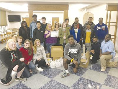 Students help ACMC deliver donations to local pantries
