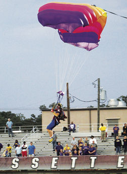 100919 - WEB - HOMECOMING SKYDIVER.jpg