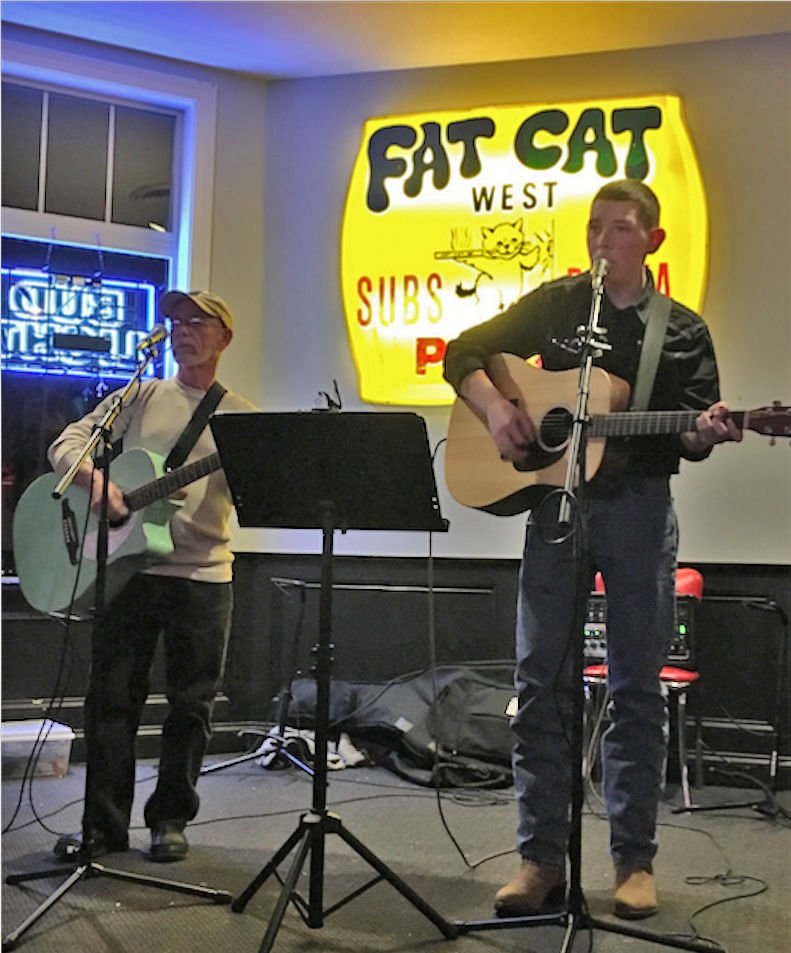 Lincoln Mash performs at Fat Cat Pizza in Lancaster