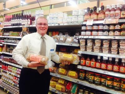 Kroger Marietta Ohio >> New Kroger Manager Keeps Local Focus Tradition News