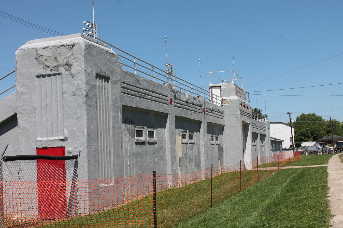 Glouster Memorial Stadium