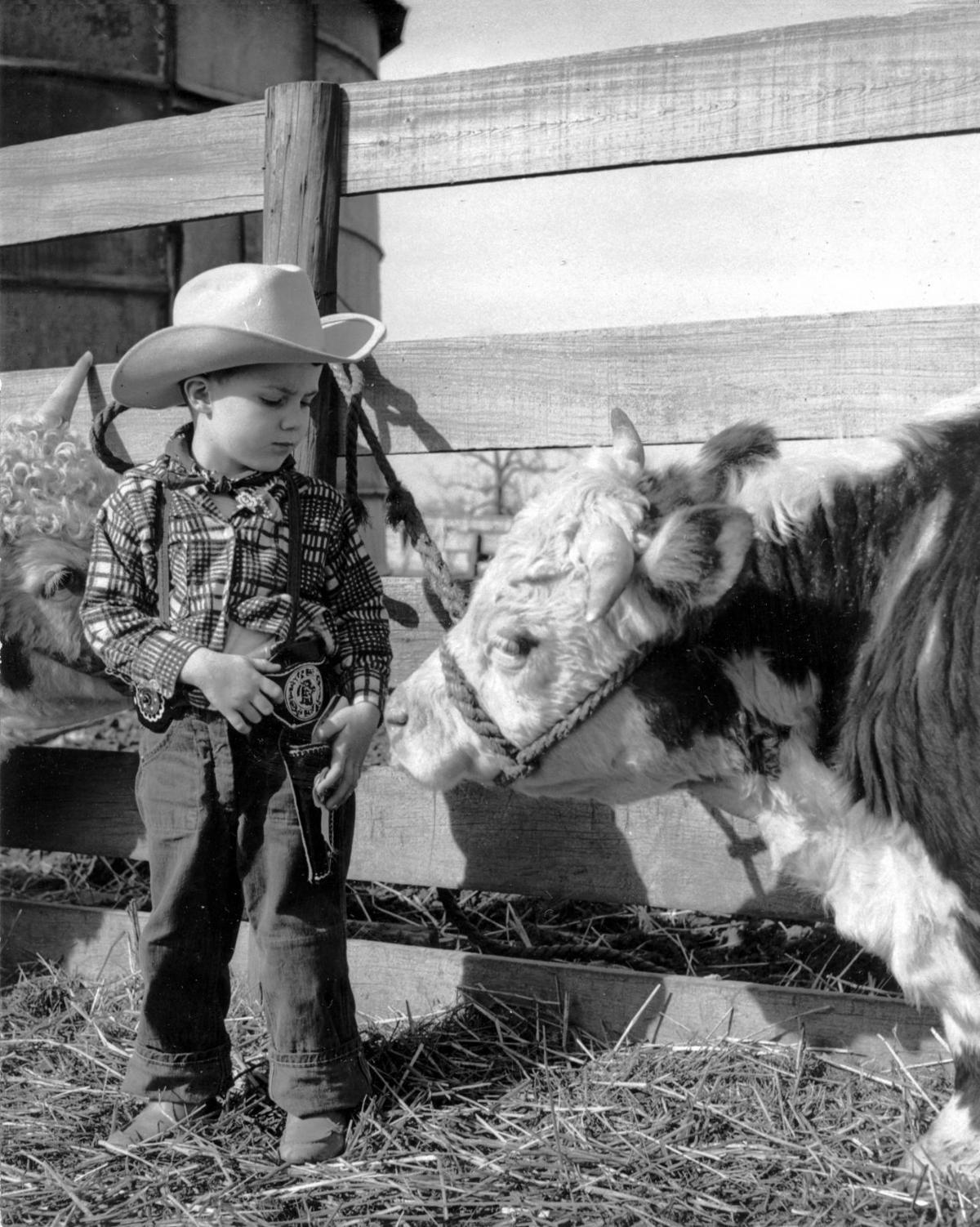 Dennis cowboy hat