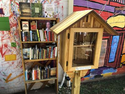 Little Free Library - Armoy