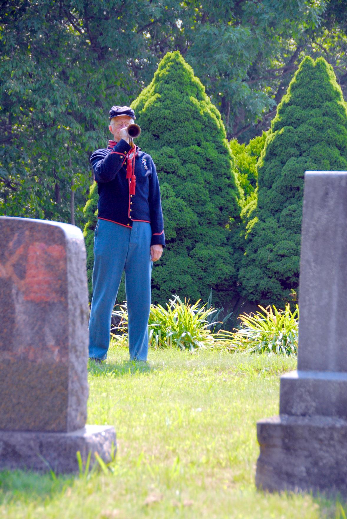 taps at civil war salute