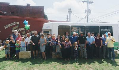 bus route ribbon cutting