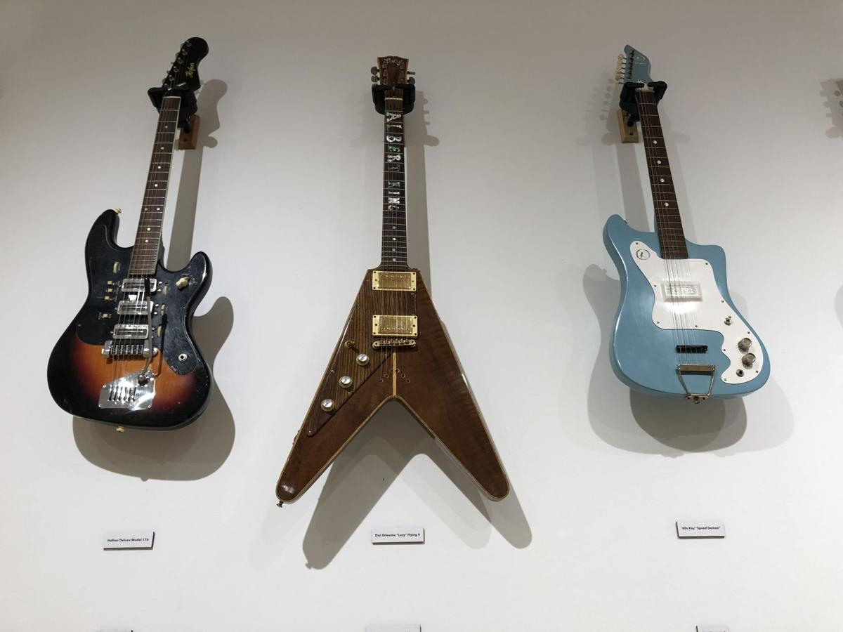 McDermott guitars - collections