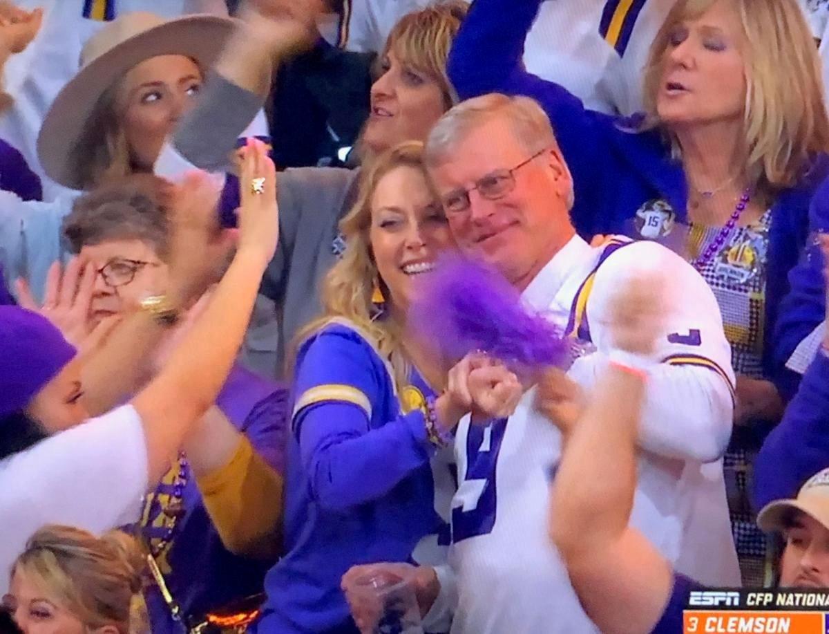 burrow's parents celebrating
