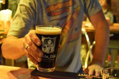 Jonathan beer Jackie O's