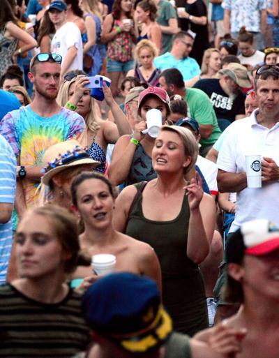 boogie shot -- people dancing 18