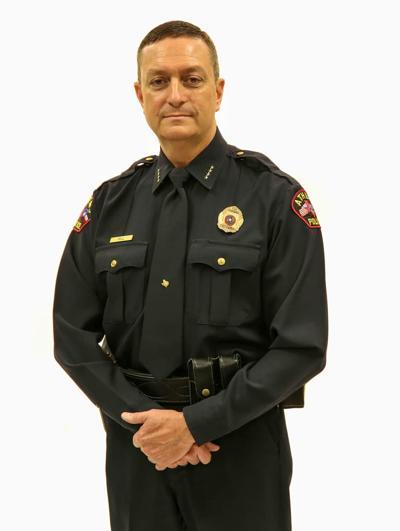 Chief Hill to retire