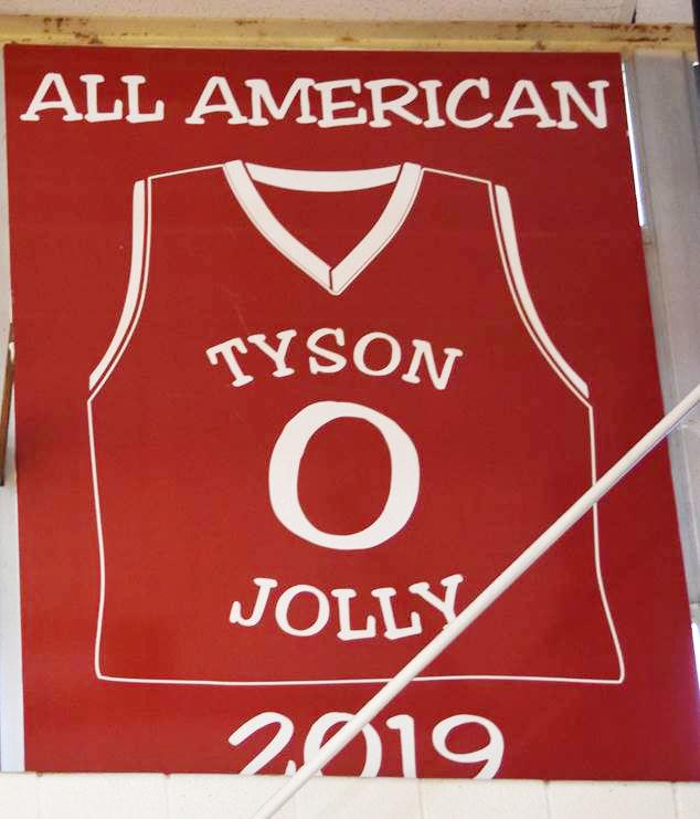 Tyson Jolly jersey