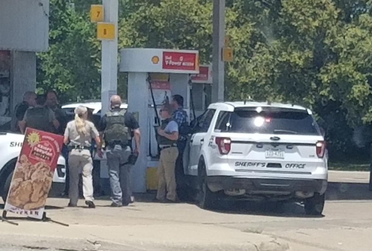 7-2 Suspect arrest 1.jpg