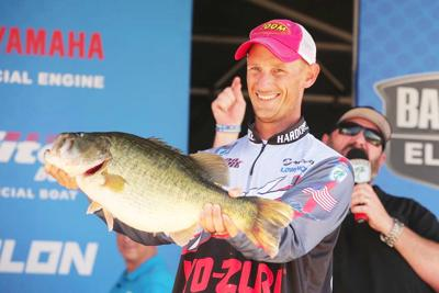 Cobb Racks Up 114 Pounds And Gar Fishing Halted At Trinity River Sports Athensreview Com