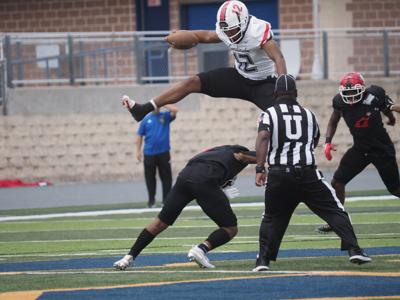 Jordan Davis leap