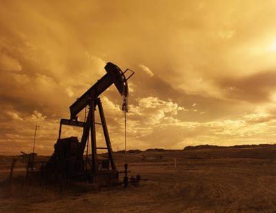 oil-pump-jack-sunset-clouds-silhouette-162568.jpeg