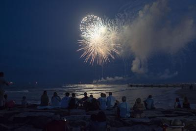 070518_nws_fireworks