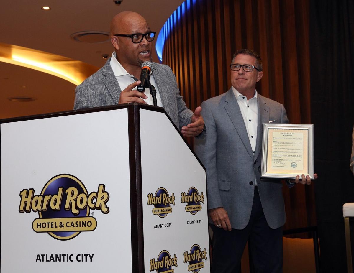 mayor_Hard Rock Day