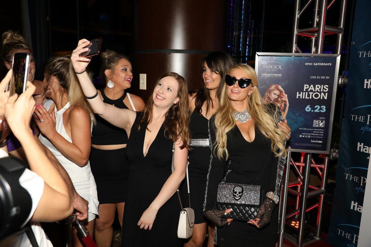 Paris Hilton slays at The Pool After Dark | Gallery