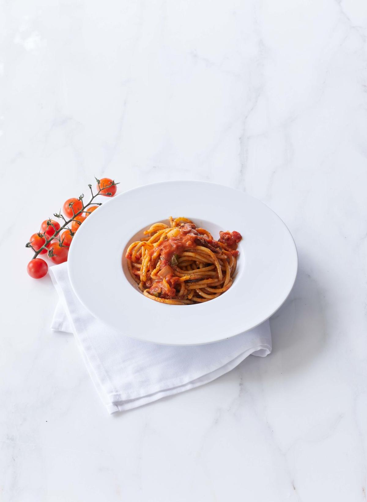 Il Mulino New York_Bucatini all'Amatriciana_RET_LR