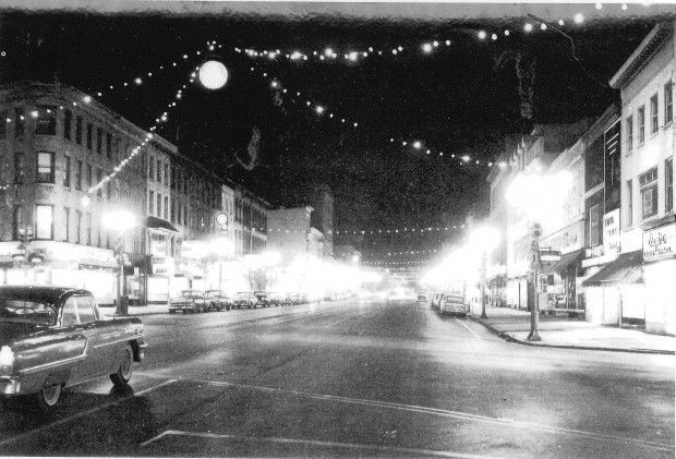 Photo # 1 - 1950's - downtown Auburn at Christmas time.jpg