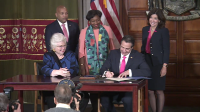 New York enacts controversial abortion bill