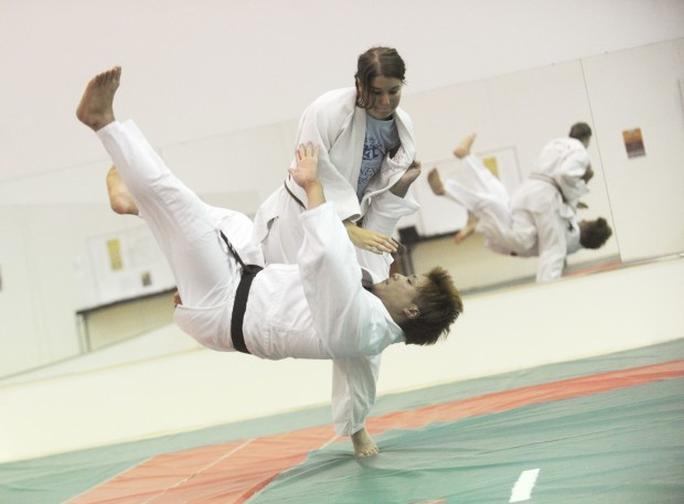 ed judo cation students practice 39 gentle way 39 during cayuga community college 39 s judo club. Black Bedroom Furniture Sets. Home Design Ideas