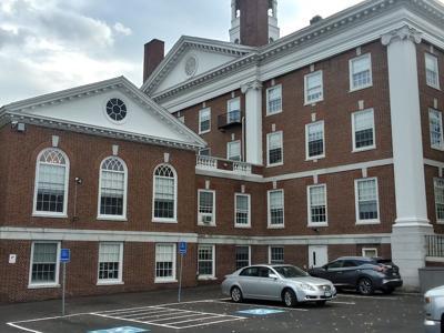 Auburn Memorial City Hall