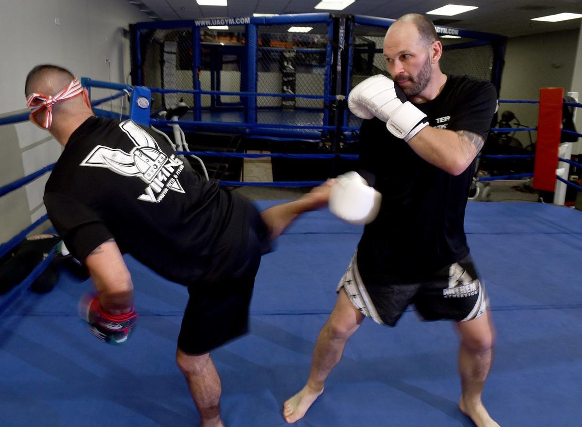 MMA kickboxing 2