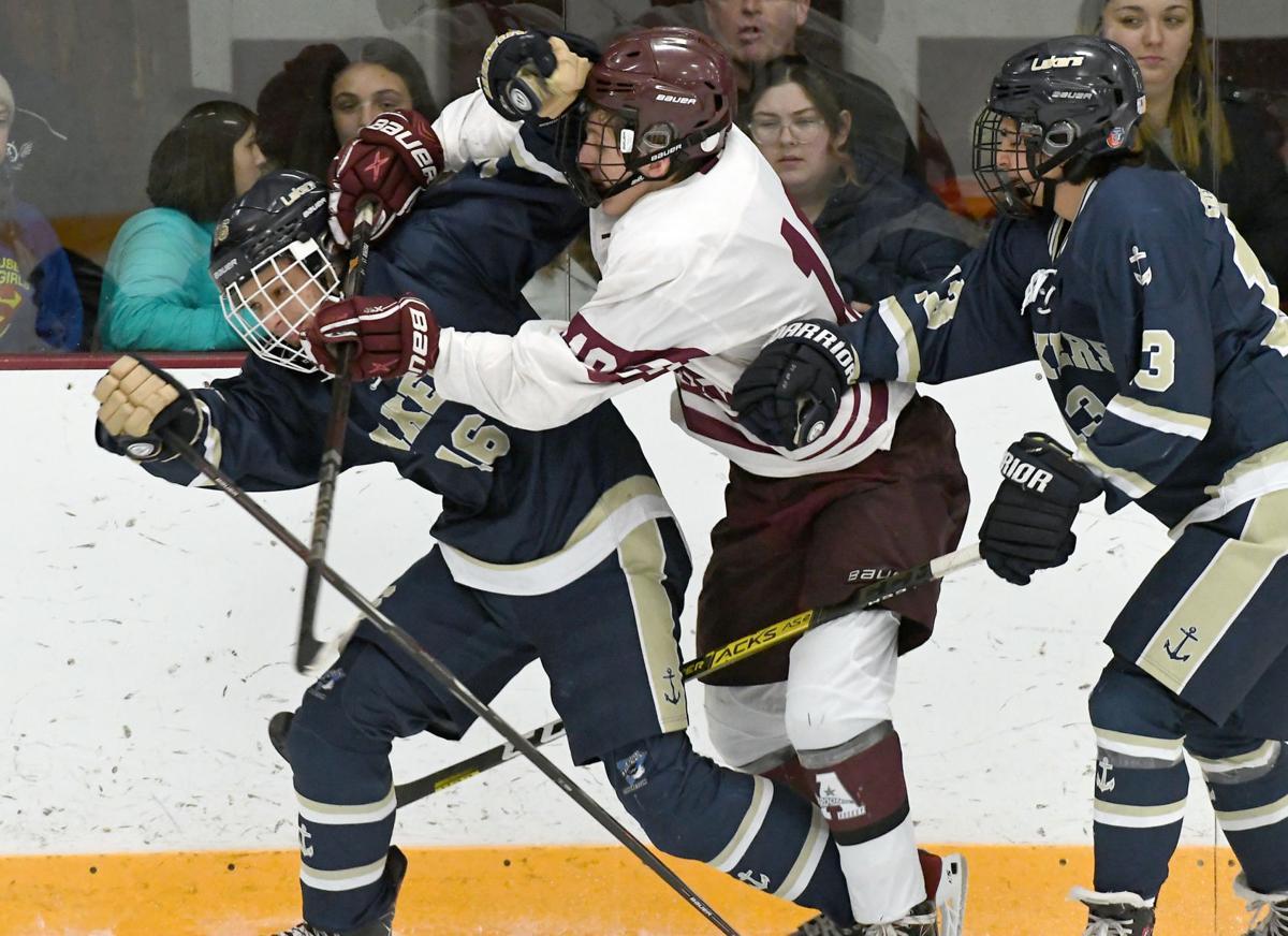 Auburn Skaneateles Hockey 8.JPG