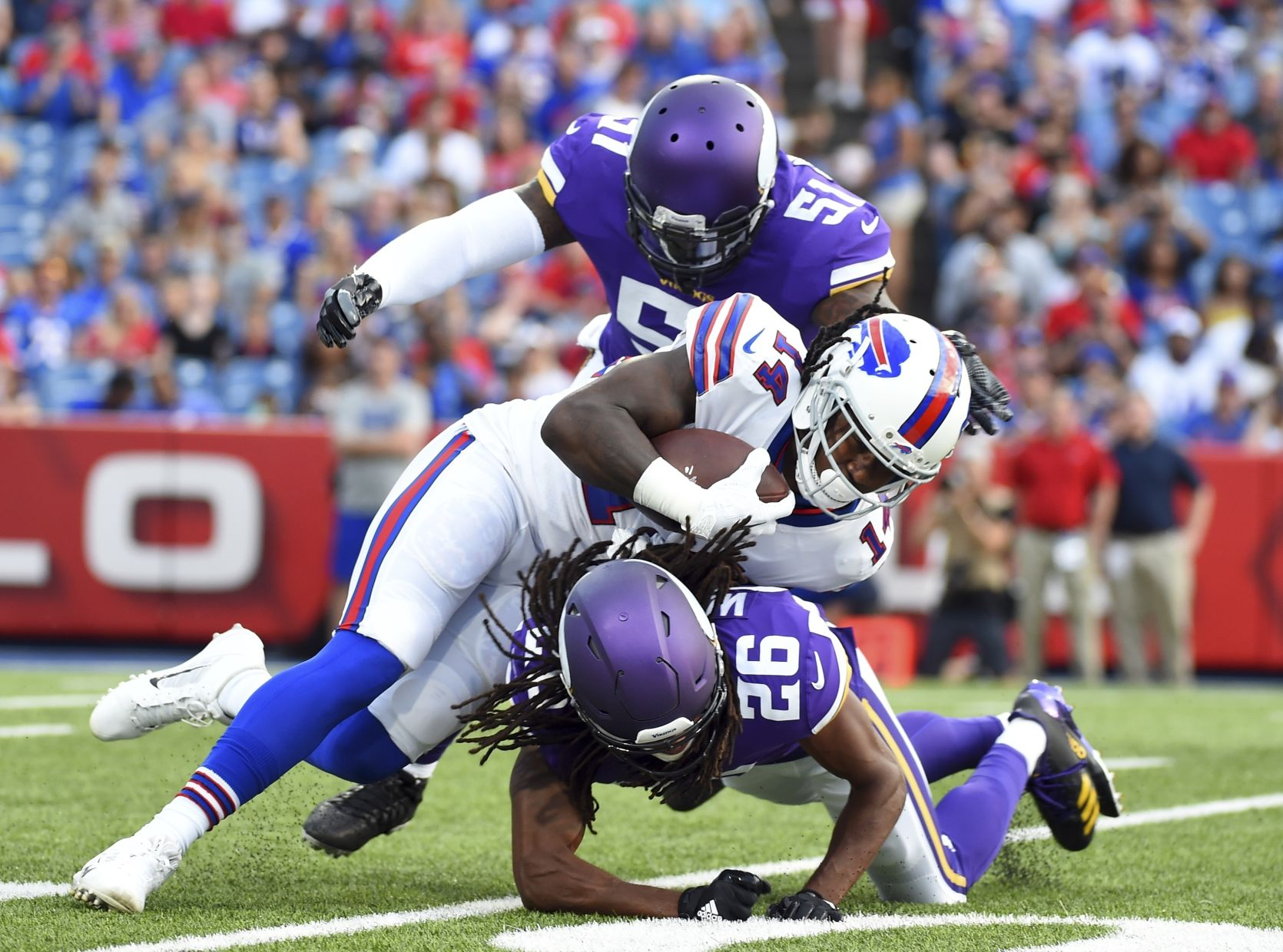 Vikings Bills Football