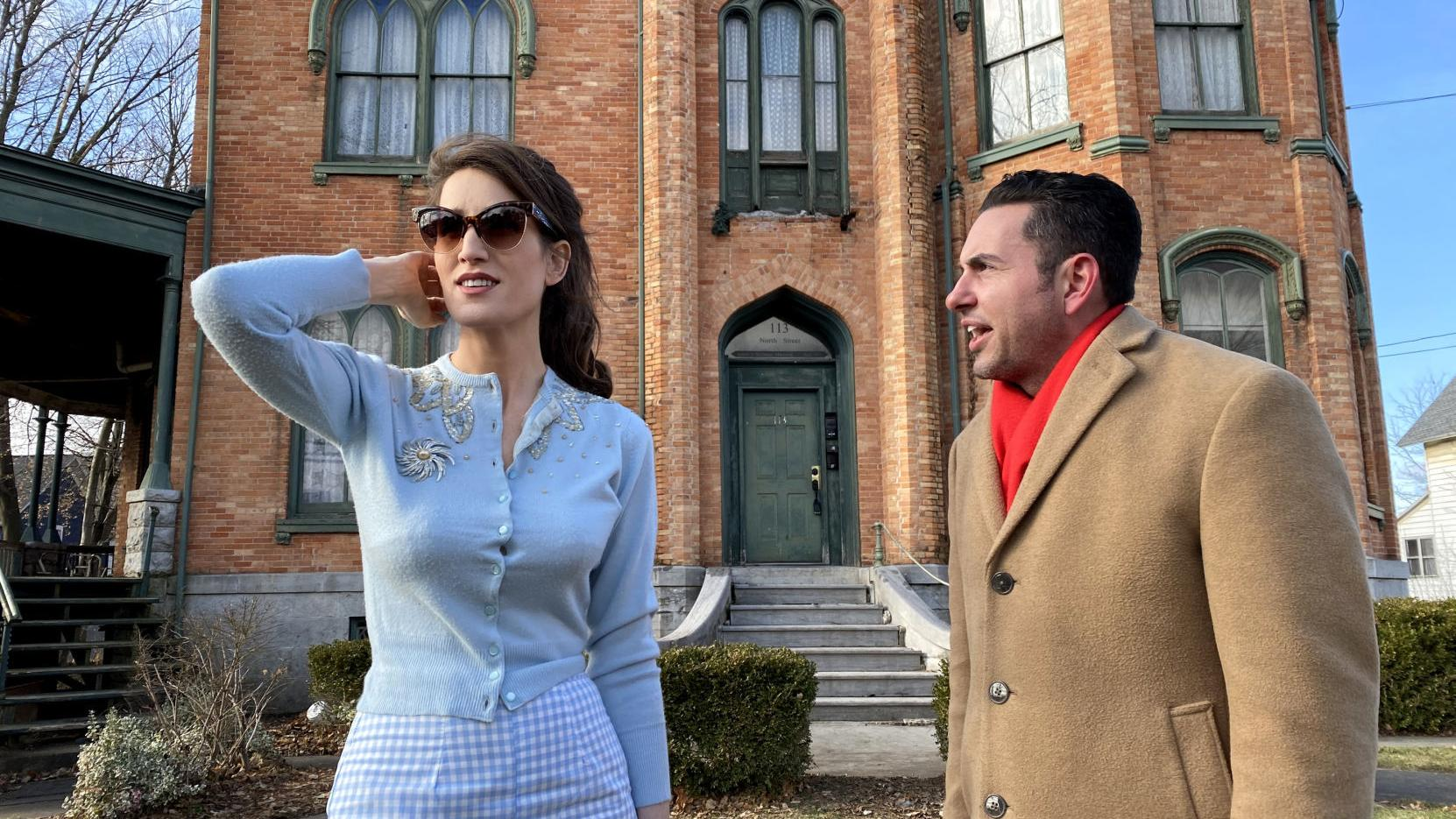 It S Just So Beautiful Netflix Star Submits Offer For Auburn Mansion Local News Auburnpub Com