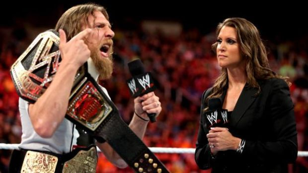 Wwe Payback Results Brie Bella Slaps Stephanie Mcmahon But Did