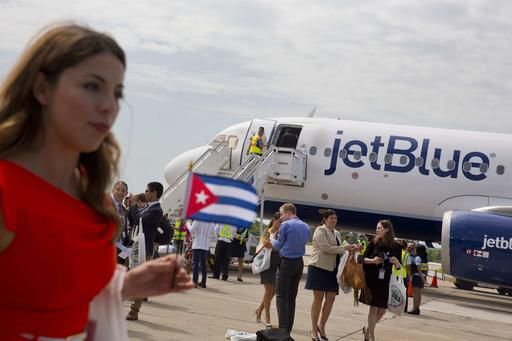 Historic commercial flight from US lands in Cuba