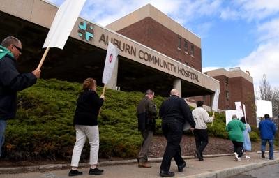 Auburn Community Hospital, union reach tentative agreement