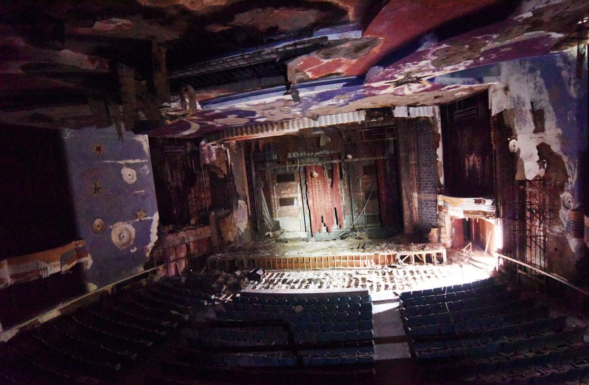 Inside the Auburn Schine Theater