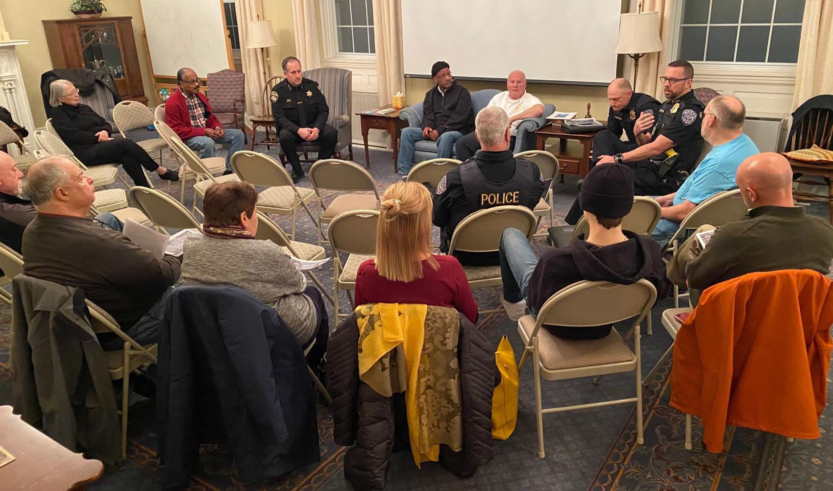 Community discusses concerns with Cayuga County law enforcement at forum