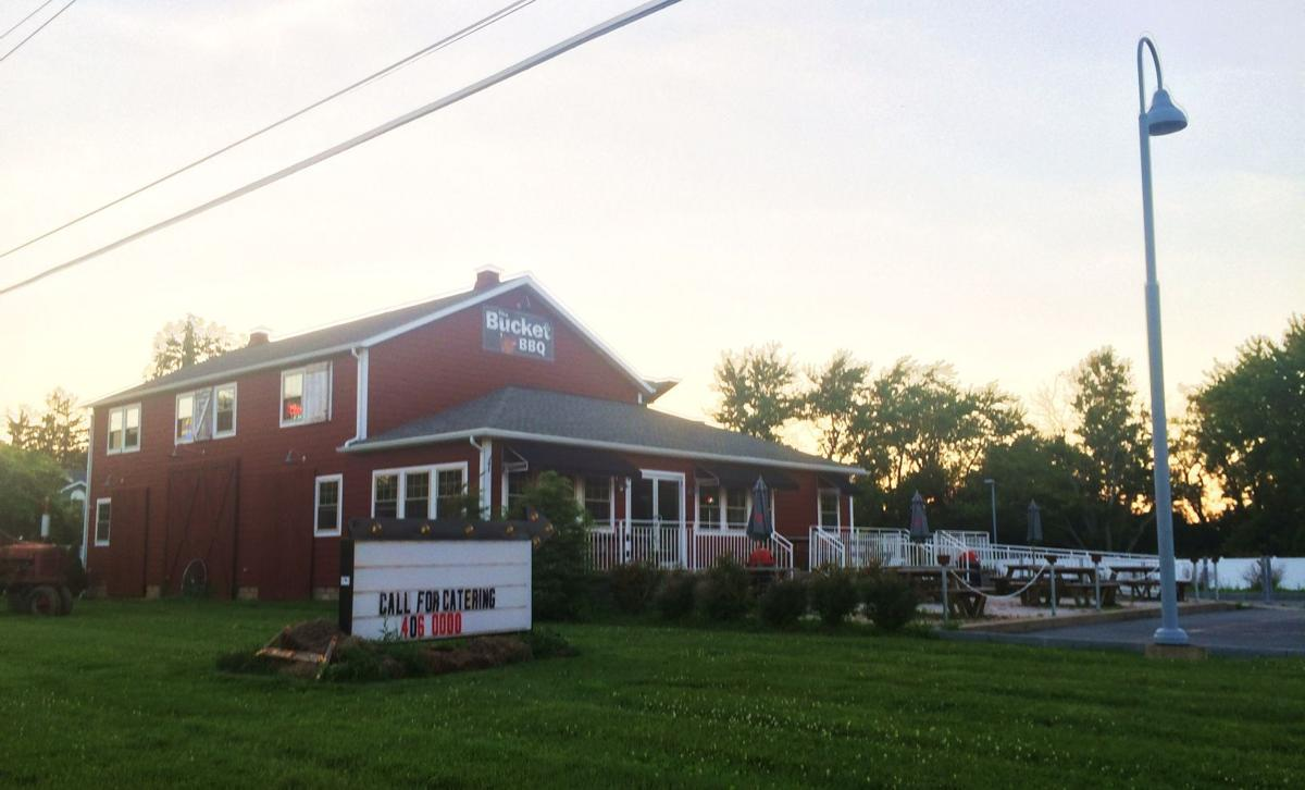 After sennett eatery the bucket bbq closes dining hours for Auburnpub