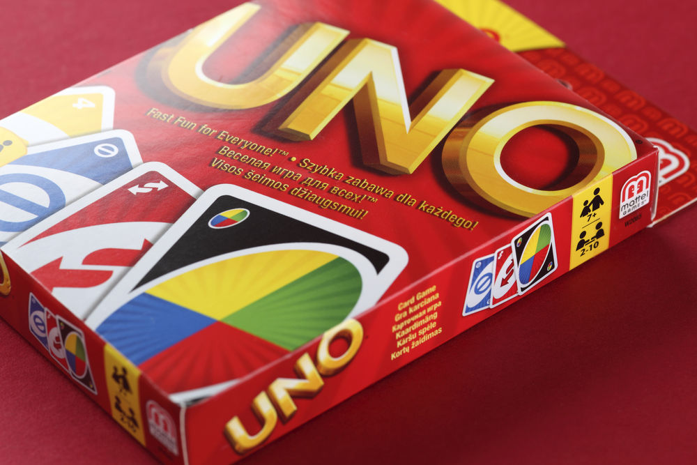 UNO game box