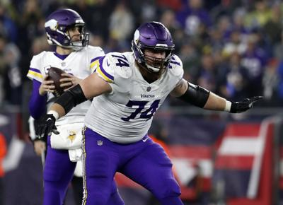 Mike Remmers Football