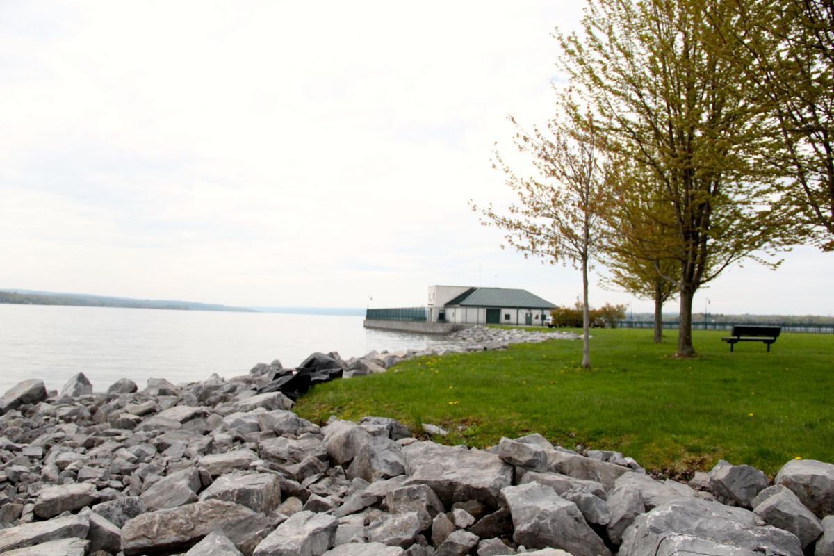 Owasco Lake sluiceway