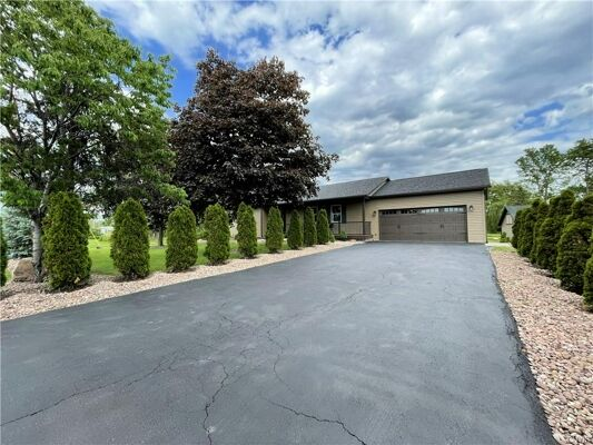 3 Bedroom Home in Syracuse - $349,900