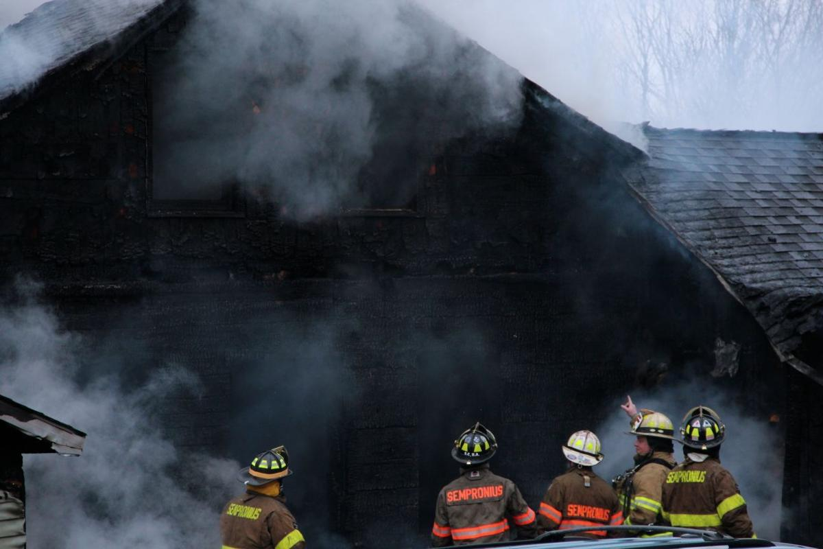 New york cayuga county - 12 Departments Battle Cayuga County House Fire