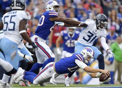 APTOPIX Titans Bills Football