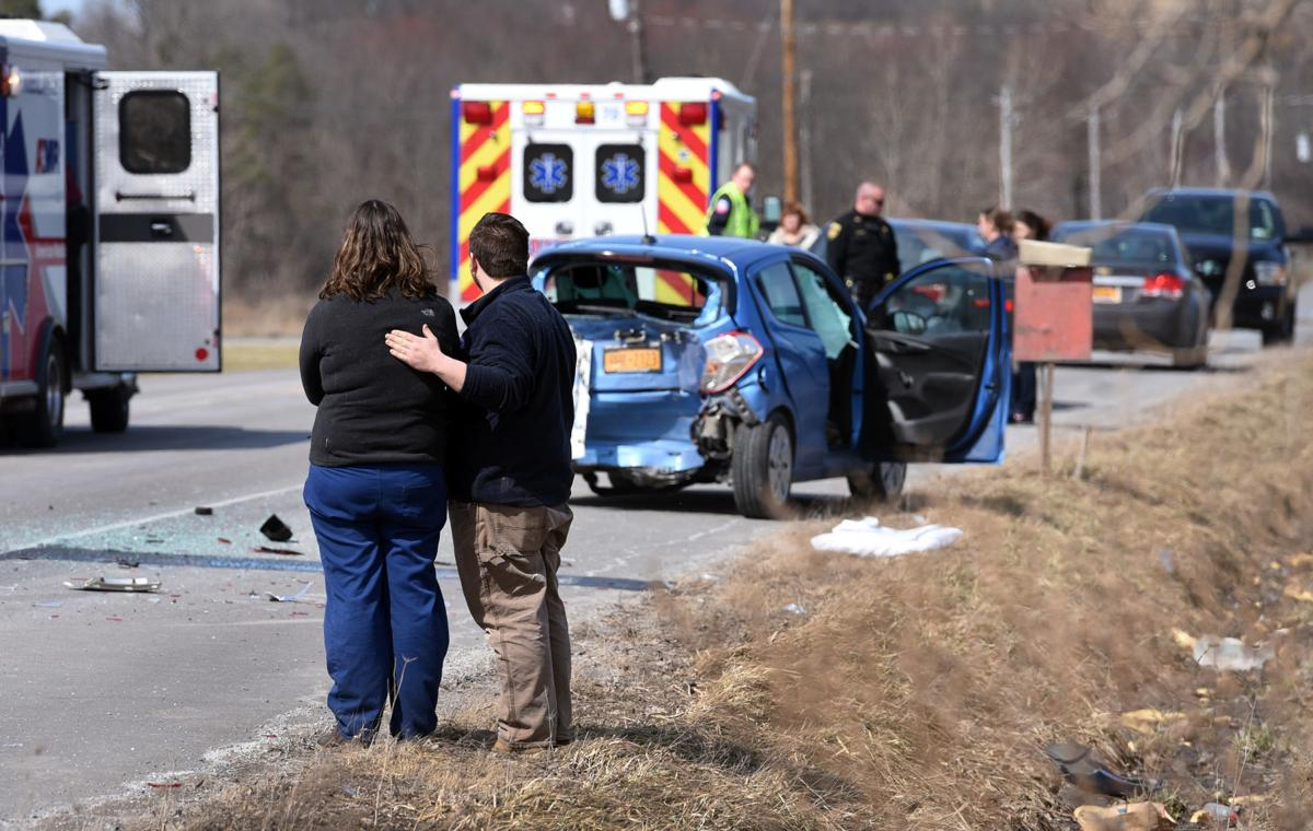 Man killed in three-vehicle crash on Route 34 north of Auburn