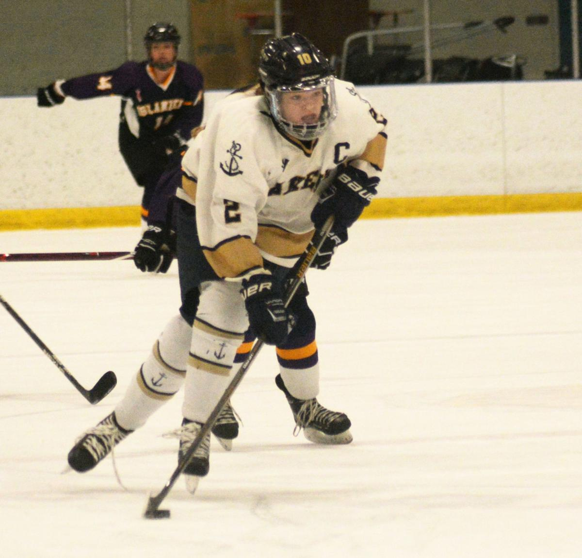 112917 Skan G Hockey Teachout