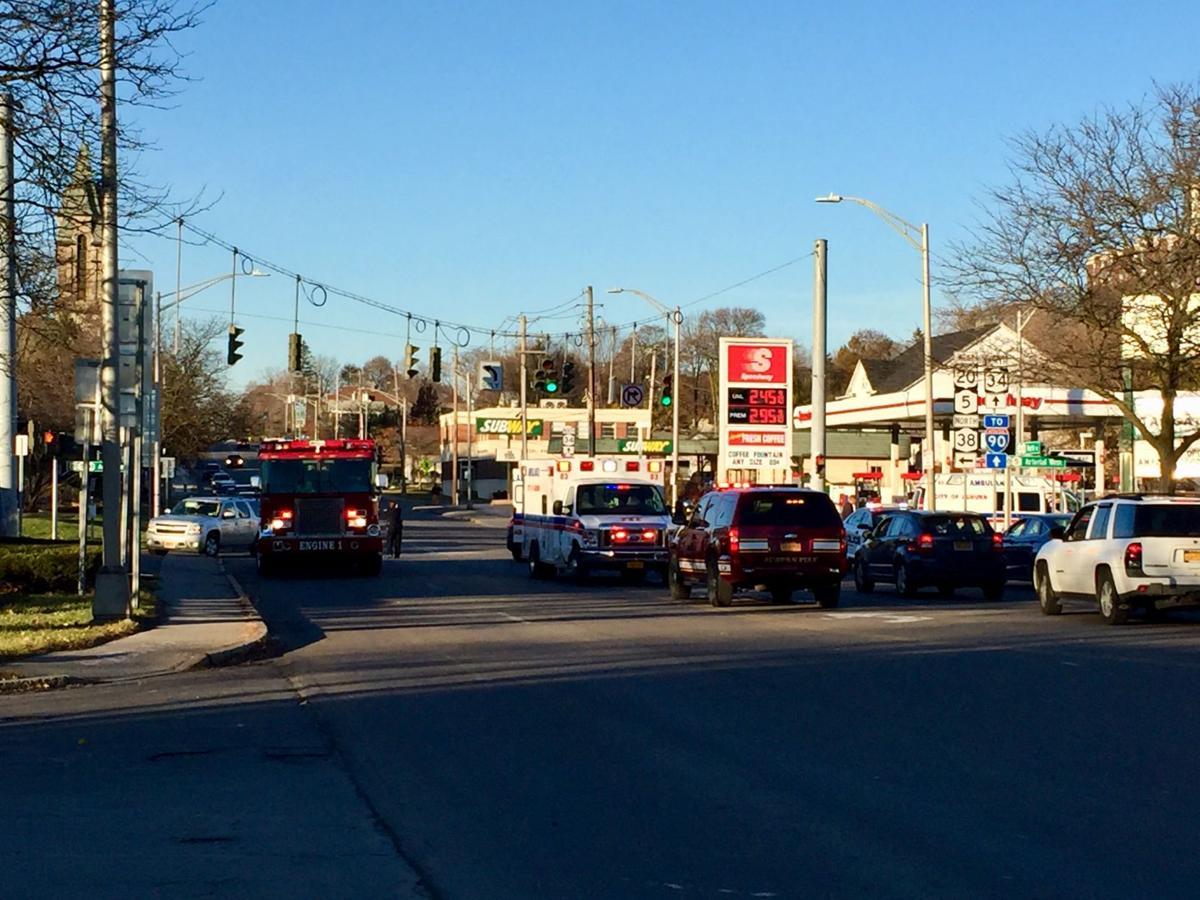 Pedestrian hit by car in downtown auburn local news for Auburnpub