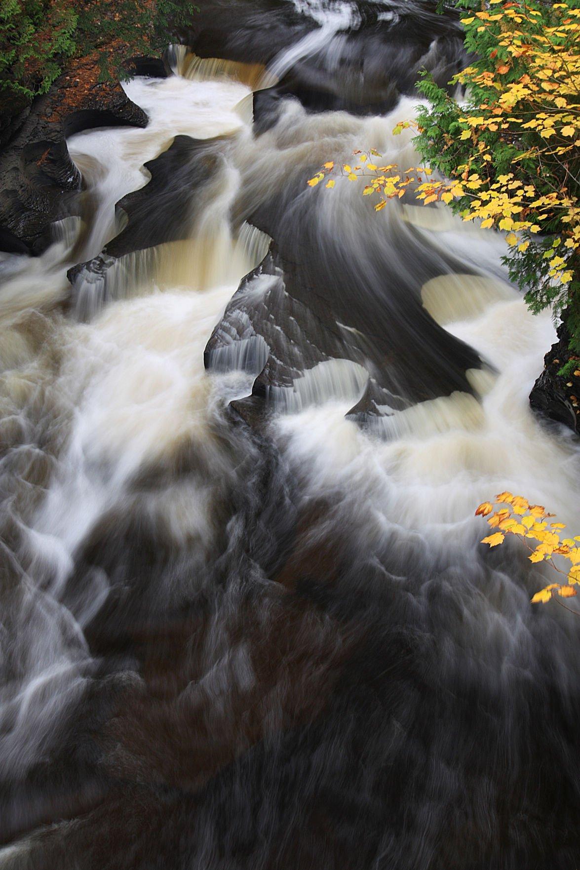 Presquisle Waterfall