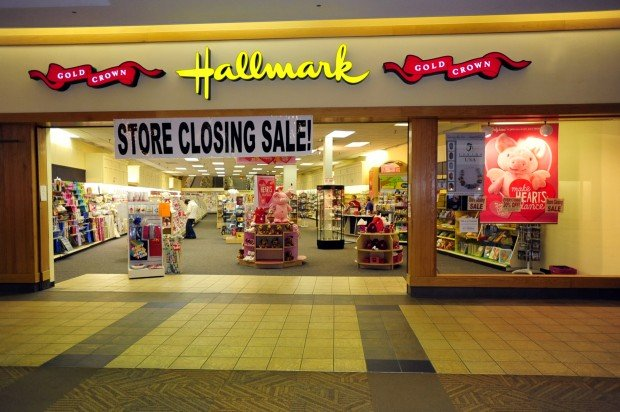 Update Hallmark Store In Fingerlakes Mall Will Close By