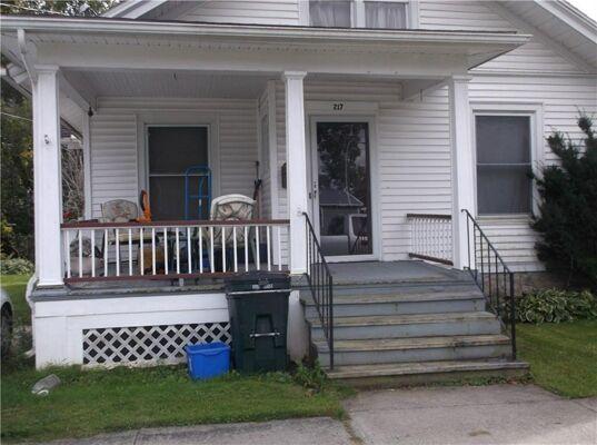 3 Bedroom Home in Waterloo - $85,000